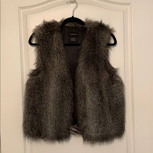 Club Monaco faux fur gray vest